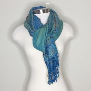 NWT🍀[Collection Eighteen] Beautiful Scarf